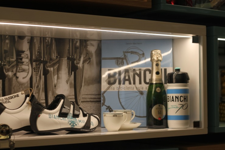 bianchi cafe and cycles 26