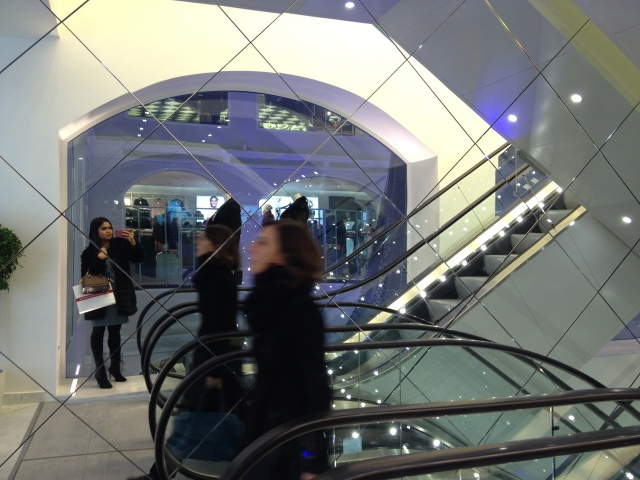 h&m milano piazza duomo flagship store opening 6