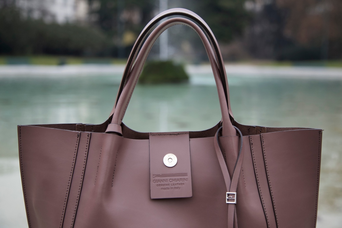 gianni chiarinni tote bag