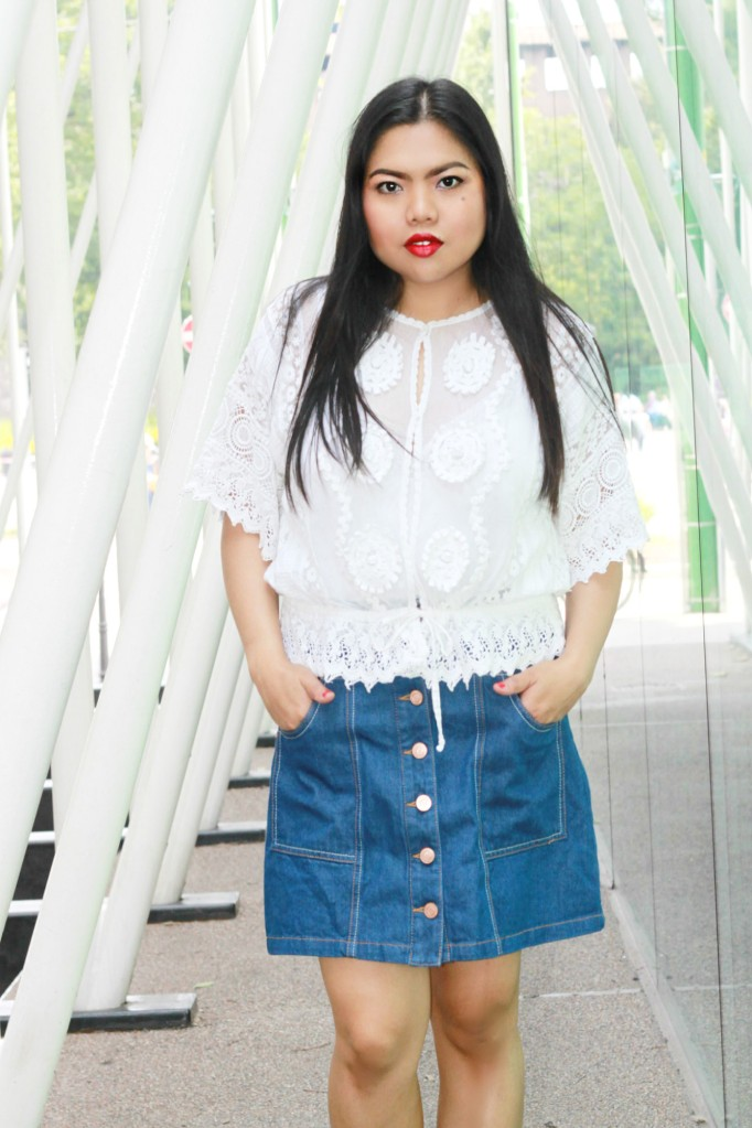 white top denim skirt