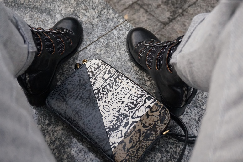 MARC JACOBS boots and tri-color phyton printed bag