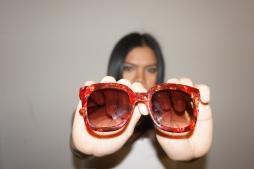 ITALIA INDEPENDENT 0800 Novità di questa stagione la famiglia Combo sun: occhiale da sole da donna caratterizzato dalla combinazione di aste in metallo e frontale in acetato. Il frontale bold conferisce alla montatura un aspetto ancora più cool e un peculiare look retrò.